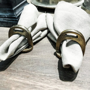 Servettringar- Small horse shoes napkin